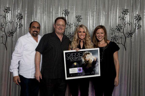 Blown Away Certification - October 2012, Carrie Underwood