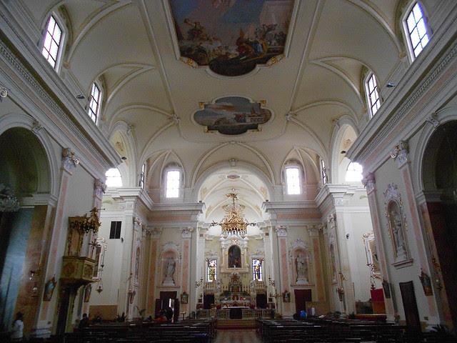 interni della chiesa di Fratta Polesine