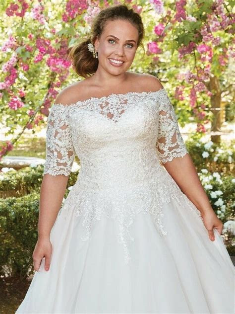 Plus Size Wedding Dresses Collection at Dress Lady