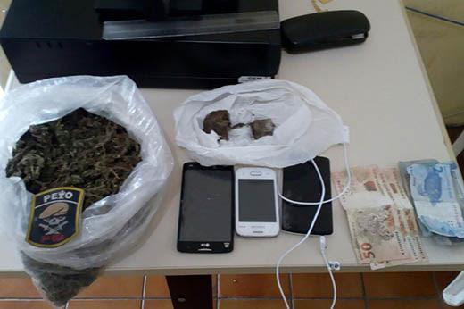 Dupla disse à polícia que a droga foi trazida de Piritiba e seria revendida em Araci | Foto: Divulgação/ PM