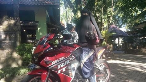 stiker hijab bercadar nusagates