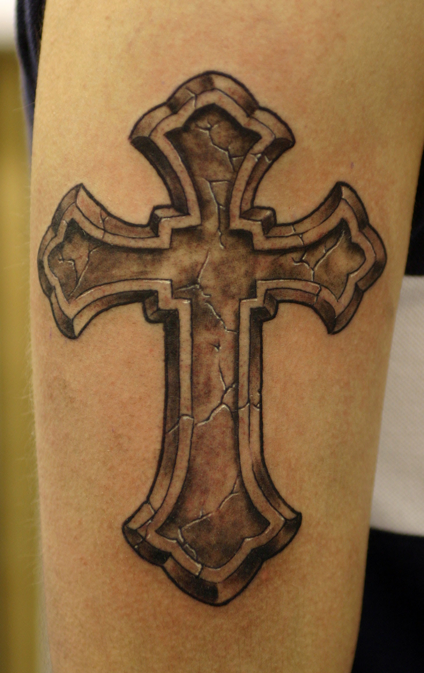 Cross tattoos for man and woman, Tribal and celtic cross ...