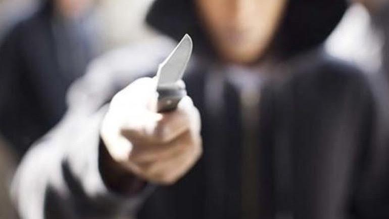 Ανήλικοι λήστεψαν με την απειλή μαχαιριού 20χρονο στο Ρίο