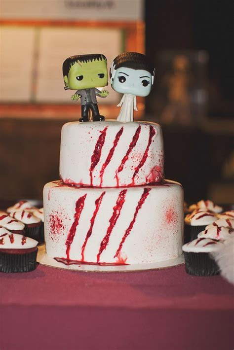 Horror Themed Museum Wedding · Rock n Roll Bride