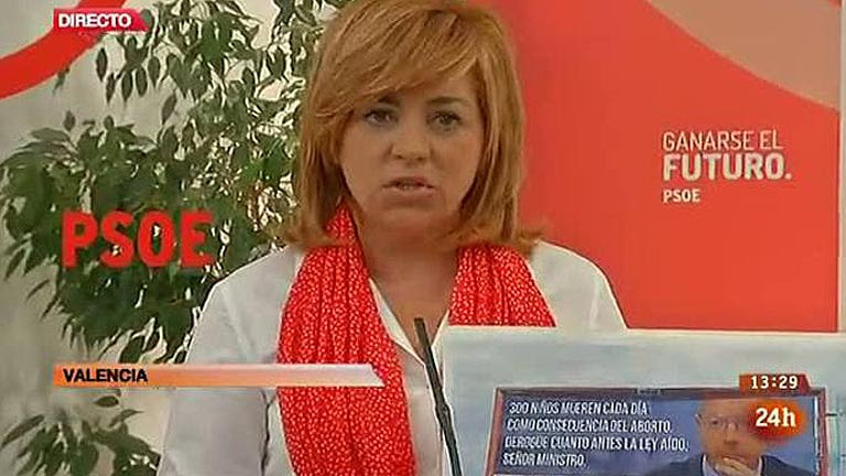 Valenciano pregunta a Gallardón si ha cedido su imagen en una campaña contra el aborto