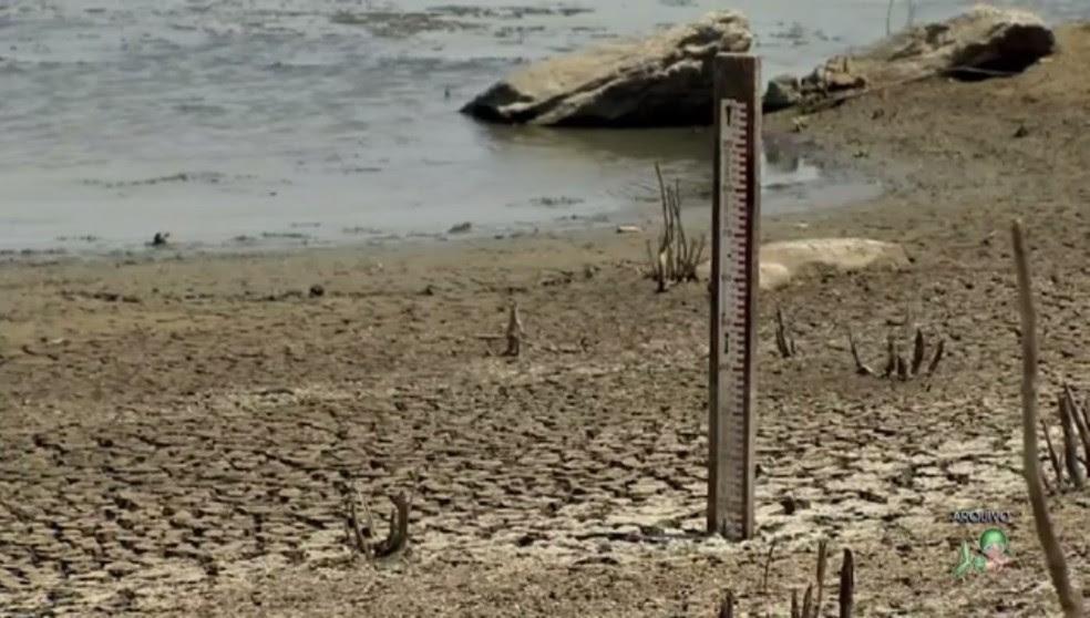 Com chuvas irregulares, os 154  reservatórios do Ceará acumulam apenas 12,6% de água (Foto: Reprodução/TV Verdes Mares)