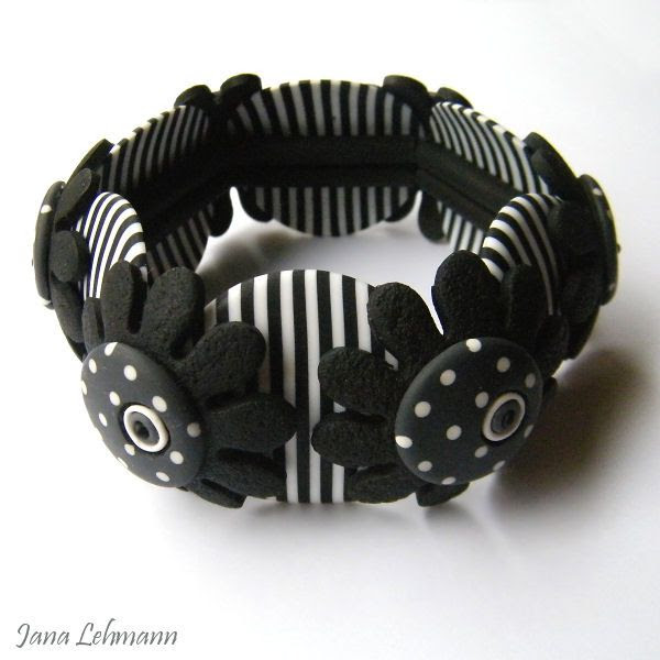 Bracelet by feeliz, via Flickr