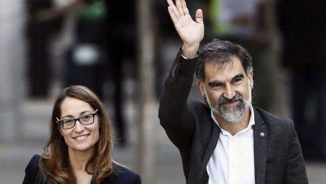 Jordi Cuixart i la seva advocada, Marina Roig