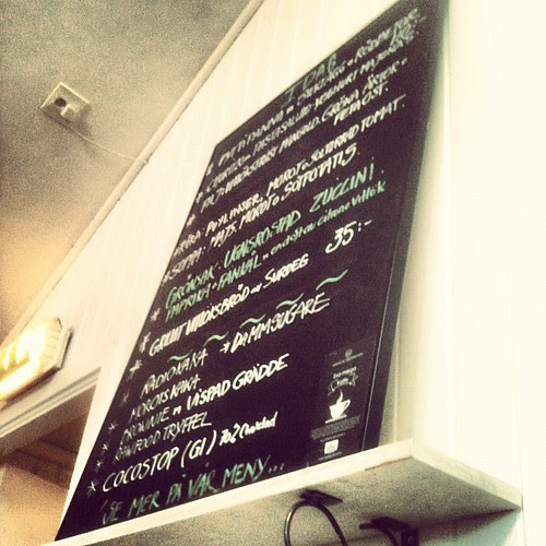 this board contains one of the best vegetarian meals i've had in a long time...