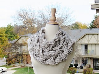 Braided_cowl-_2_layered_038_small2