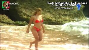 Carla MAtadinho sensual em biquini no So Visto