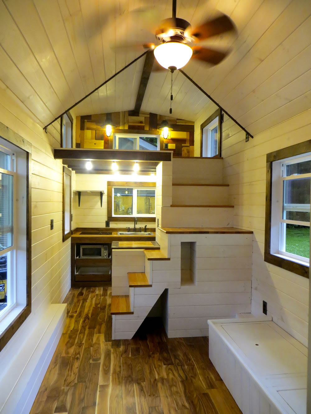 A Tiny Trailer Home Like No Other – Adorable Home