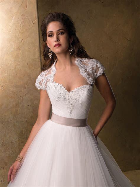 Top 10 2013 Wedding Dress style   illusion neckline 4
