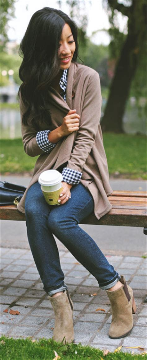 outfit post blue check button  oatmeal cardigan