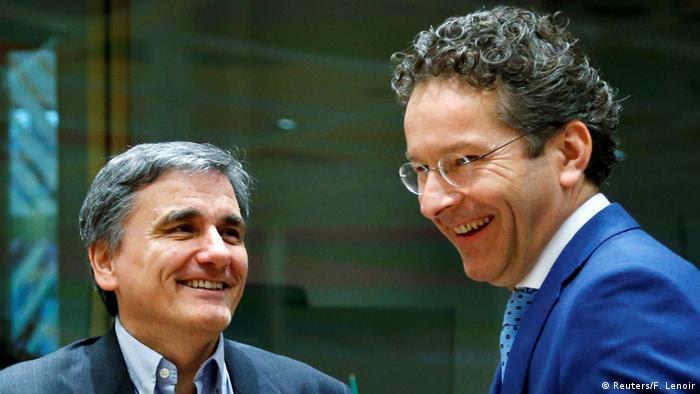 Brüssel Treffen der EU-Finanzminister Griechischer Minister Tsakalotos und Dijsselbloem (Reuters/F. Lenoir)