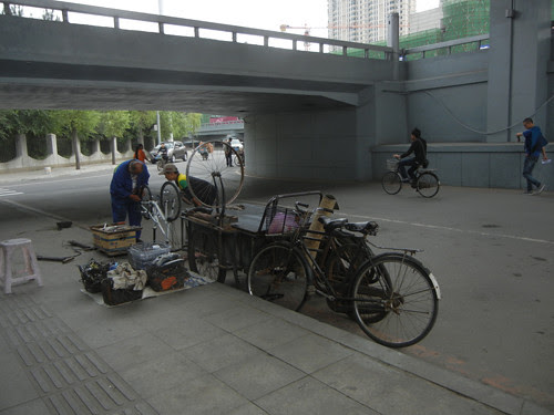 DSCN5241 _ Bicycle Repair Stand, Shenyang, China