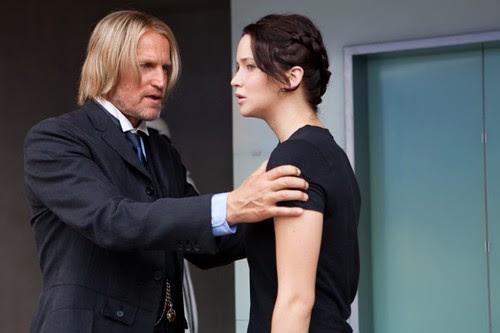 Hunger-Games-Haymitch-Abernathy-Katniss-Everdeen-600x400