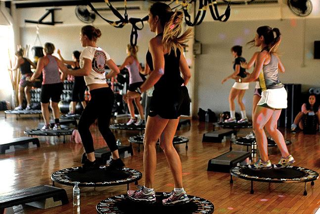 http://www.swimex.com.br/wp-content/uploads/2013/11/aula-jump.jpg