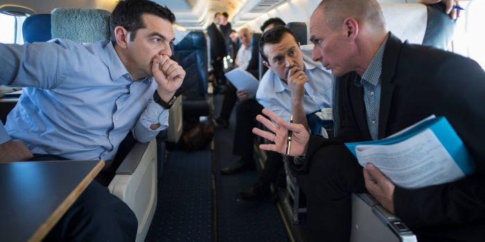 Trapelano nuovi segreti rapporti ideati per un ritorno alla dracma. E Tsipras è sempre più isolato