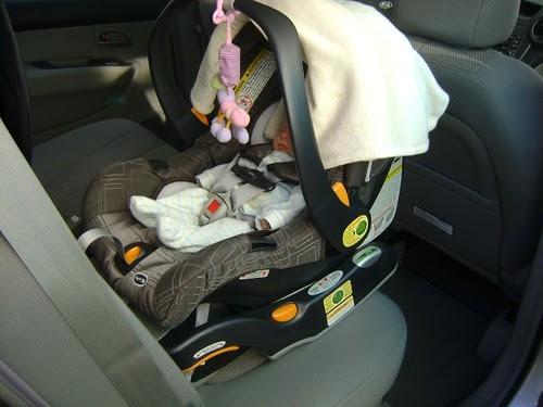 chicco keyfit 30 - preemie car seats