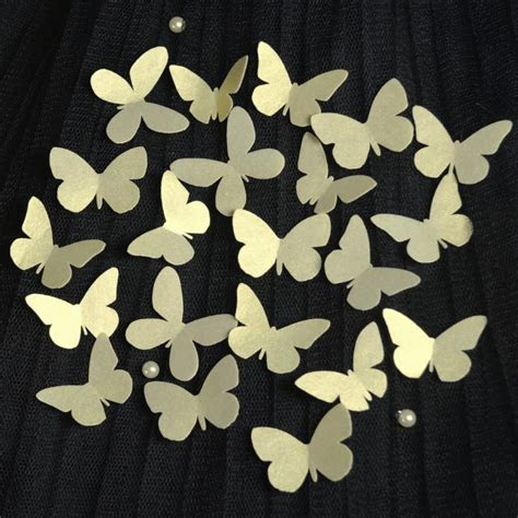 Edible GOLD Butterflies 3D X 60 MINI   Wafer Rice Paper