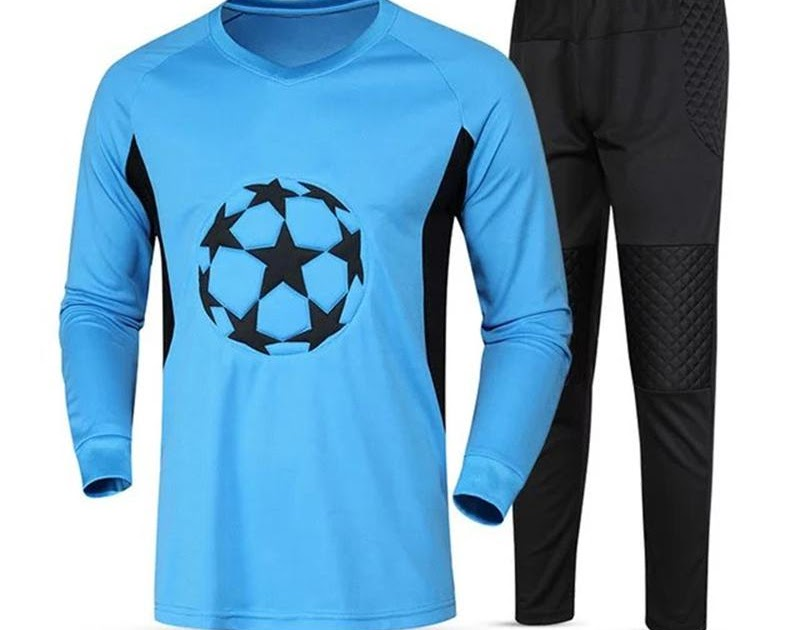 5d49f6aa1 Buy Cheap 2017 New Men Full Goalkeeper Long Jerseys Football Goalie Training  Suit Soccer Goal Keeper Protective Kits Tops With Pants Set Price