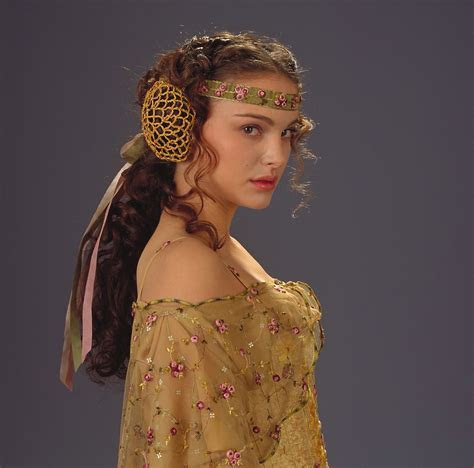 A look into Star Wars: Padme's dresses. Part VI