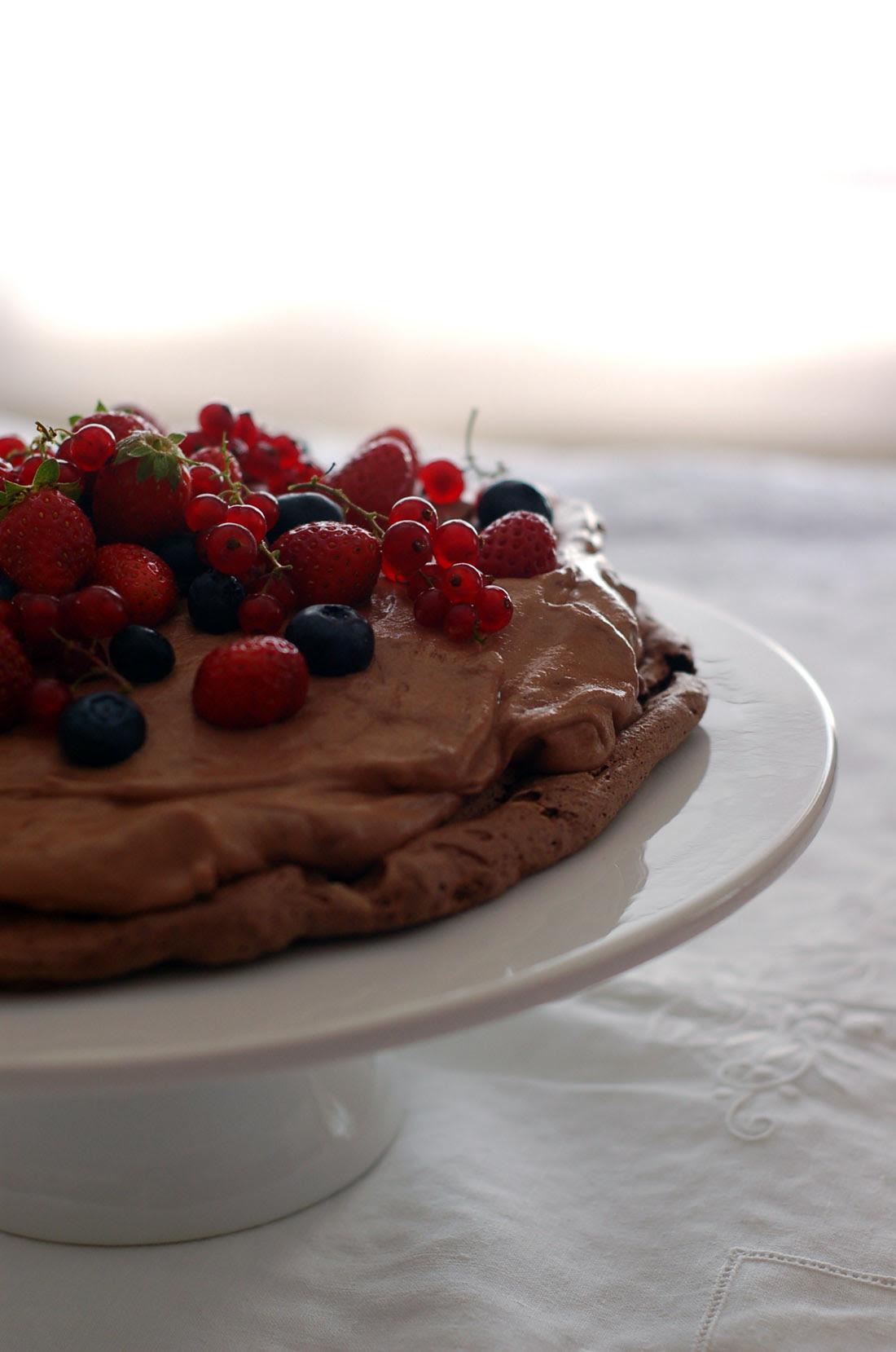 Chocolate Pavlova