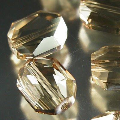 27755201001001 Crystallized - Swarovski Elements Bead - 12 mm Graphic (5520) - Crystal Golden Shadow (1)