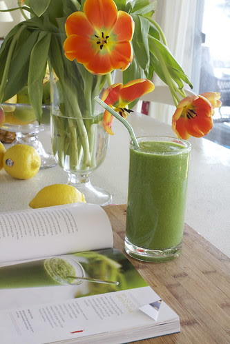 Jessica Alba's Go-To Green Drink