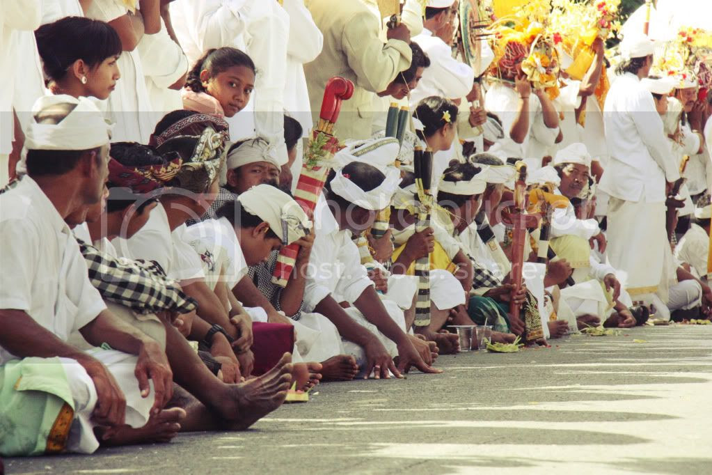i only desire to percentage what i captured inwards Nyepi ceremony at Desa Kekeran Singapore attractions : Lately Post inwards Nyepi Day