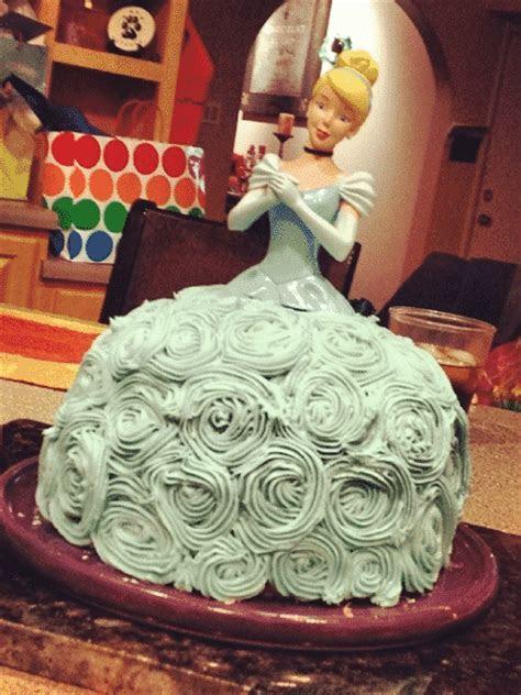 Miami Wedding Venues   Craziest Wedding Cakes Ever