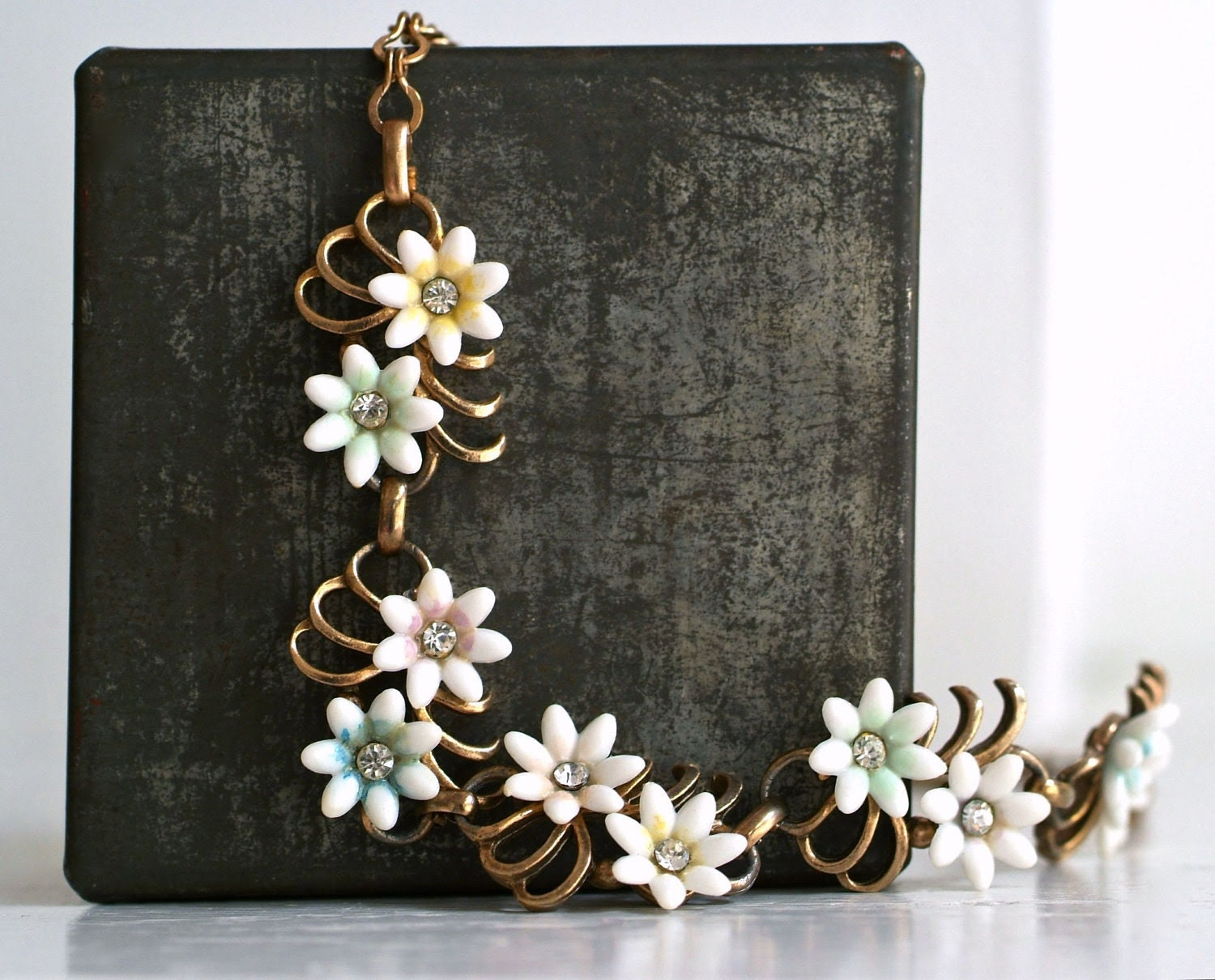 fabulous fifties romantic celluloid flower and rhinestone necklace