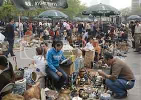 Dirt Market at Panjiayuan