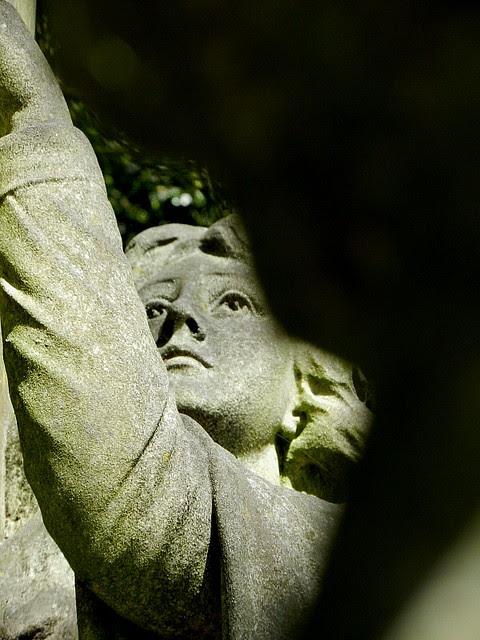 Highgate Cemetery_3