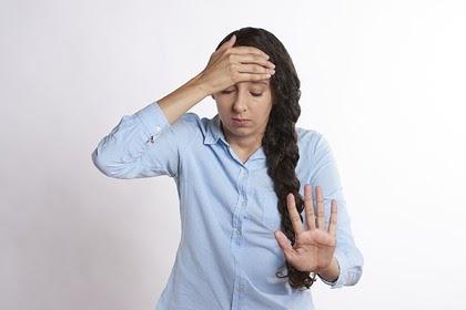 Невролог рассказал о купировании приступа мигрени в домашних условиях