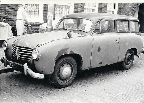 SP-99-49 Goliath GP700 Kombi 1955