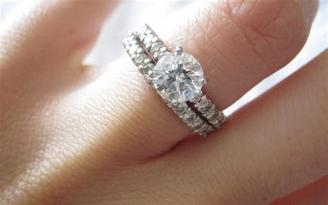 The Reason You Wear An Engagement Ring On Your Left Hand
