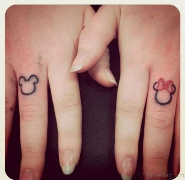 19 Amusing Mickey Mouse Tattoos On Finger
