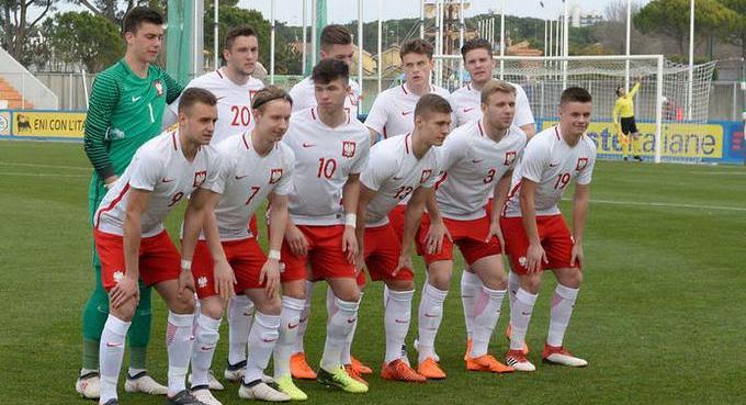 بولندا والسنغال بث مباشر