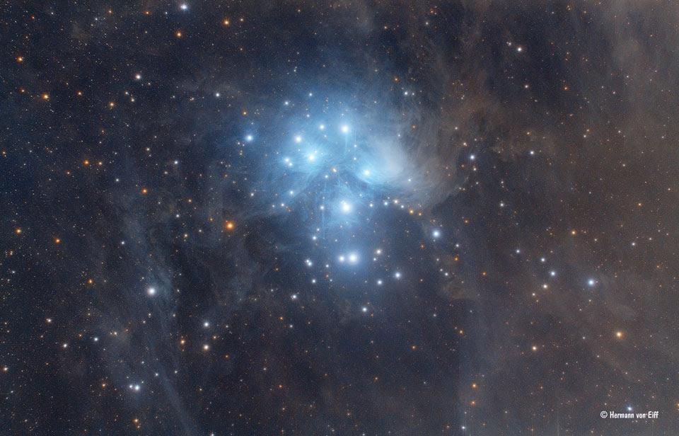 Hình ảnh Messier 45 - Cụm sao Pleiades. Image credit: Hermann von Eiff.
