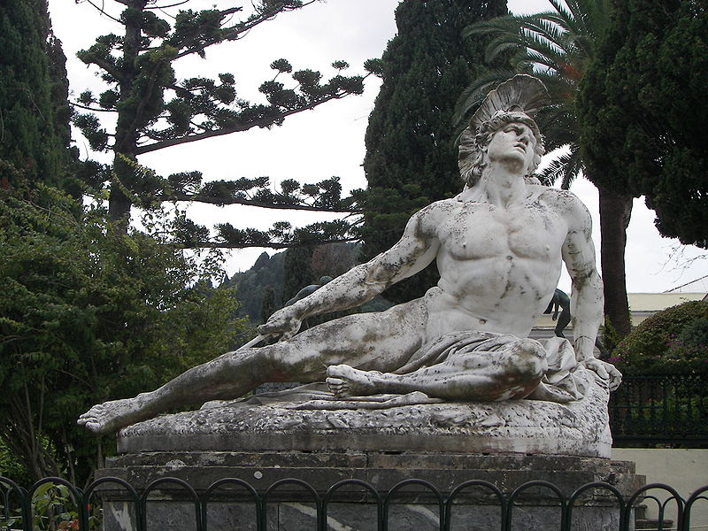 File:Closeup of Achilles thniskon in Corfu Achilleion.JPG