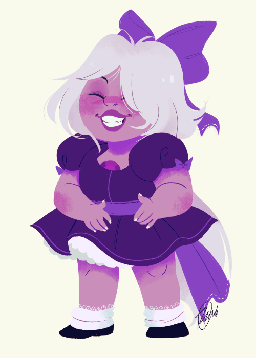 I just decided to draw Amethyst in a cute frilly dress ♥   She looks like a magical girl :O
