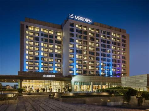 Best Price on Le Meridien Gurgaon Hotel in New Delhi and