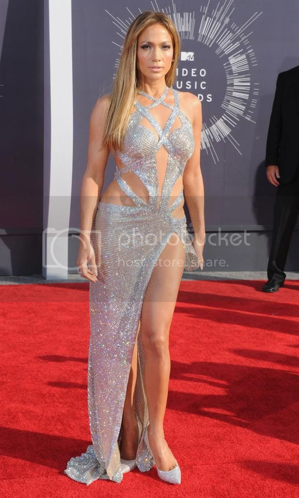 2014 MTV Video Music Awards Red Carpet Fashion Style photo 2014-MTV-Video-Music-Awards-Jennifer-Lopez_zps770a7cd2.jpg