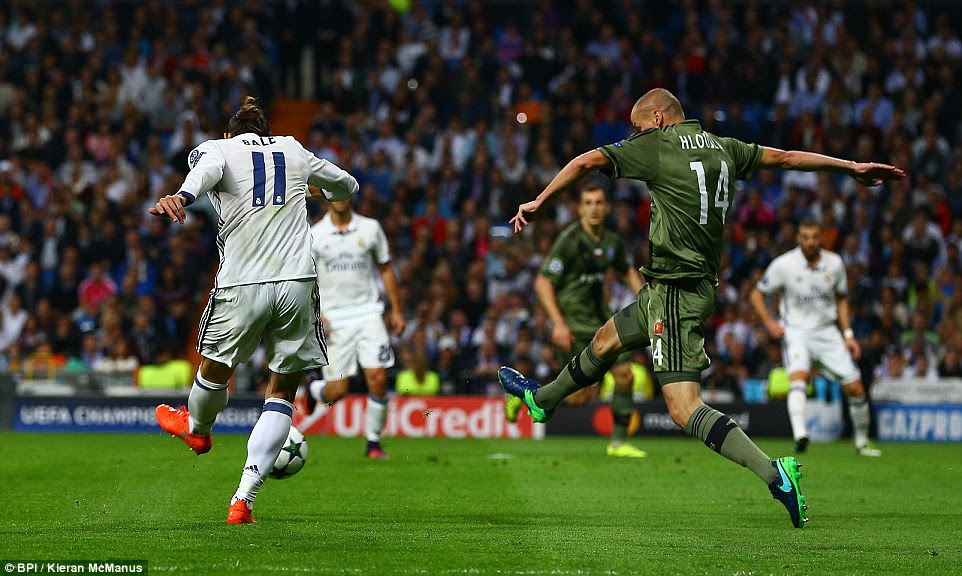Bale gave Real the lead in just the 16th minute when he cut in from the right and bent a shot inside the far post