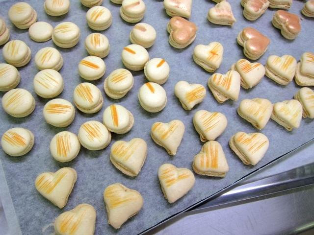 Heart_shapes_Macarons