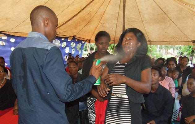 You would't believe what this pastor was using to perform miracles on his congregation (photo)