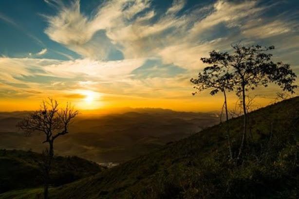 Foto vencedora do primeiro concurso de fotografia do Circuito Serras e Cachoeiras de autoria de Ulisses Silva Oliveira