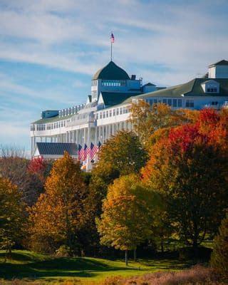 Packages   America's True Grand Hotel
